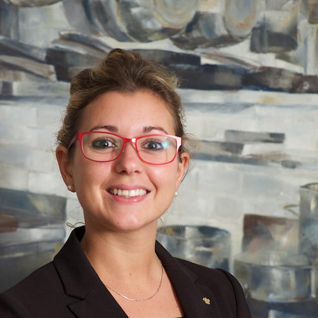 Coralie, assistante maître d'hôtel